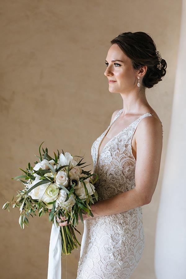 santorini-wedding-with-an-elegant-style_09