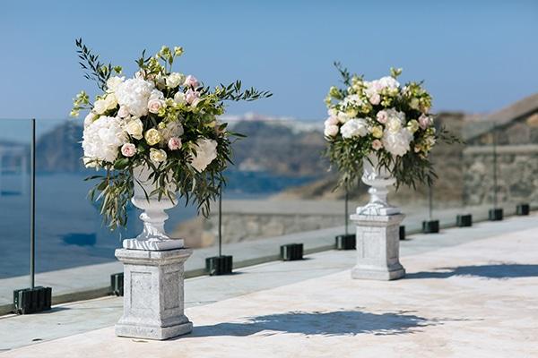 santorini-wedding-with-an-elegant-style_10