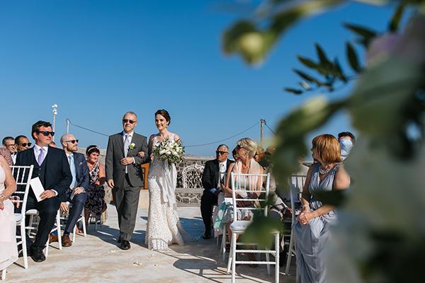 santorini-wedding-with-an-elegant-style_12