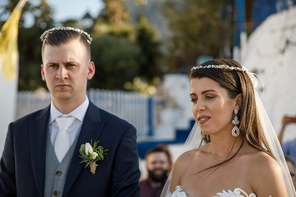 traditional-greek-wedding-green-beige-hues_22