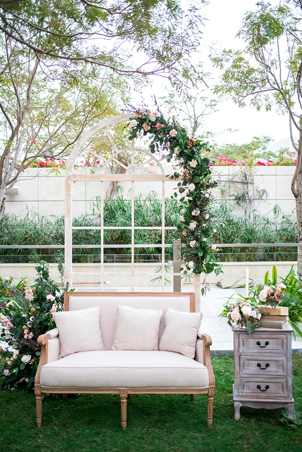 blush-garden-styled-shoot-magical-love-story_14