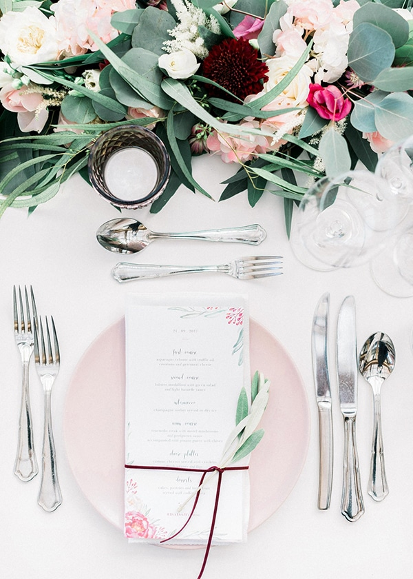 wedding-decoration-ideas-burgundy-pale-pink-hues_06
