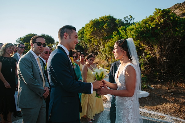 beautiful-rustic-destination-wedding-andros_19