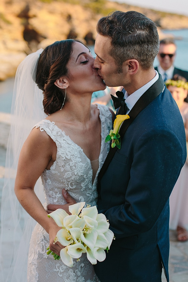 beautiful-rustic-destination-wedding-andros_24