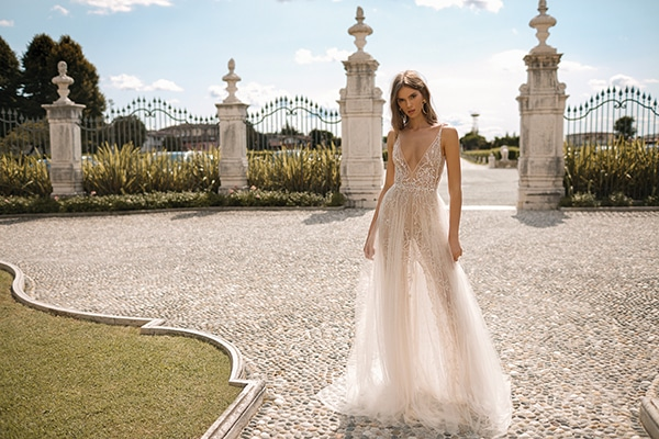 classic-flawless-wedding-dresses-berta_18