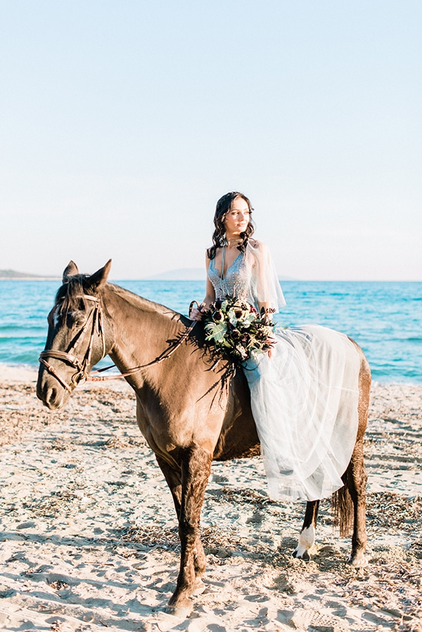 dreamy-inspiration-styled-shoot-beach_06