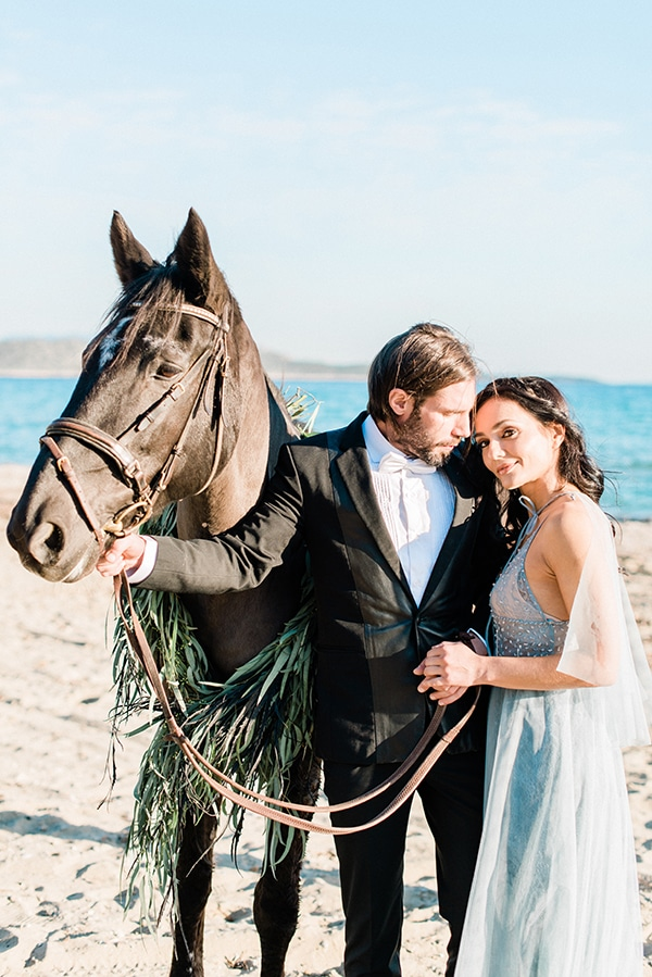 dreamy-inspiration-styled-shoot-beach_09