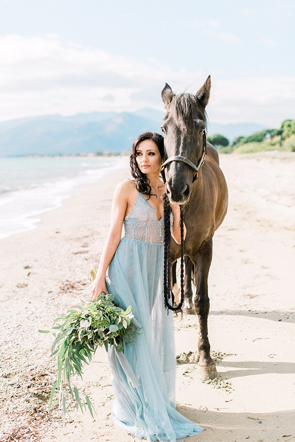 dreamy-inspiration-styled-shoot-beach_16