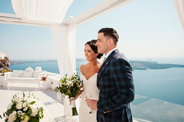fairytale-chic-wedding-santorini_22