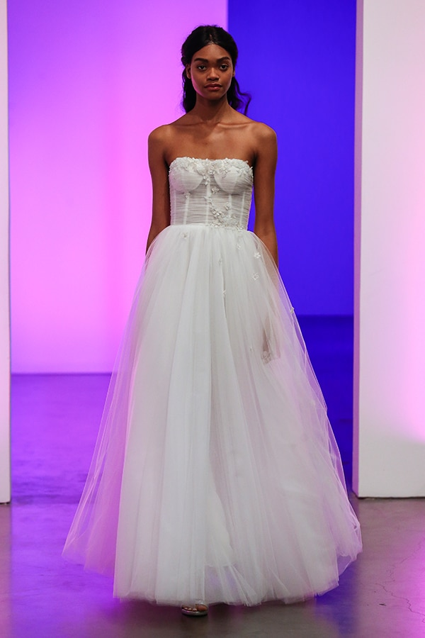 gorgeous-bridal-runaway-show-gracy-accad_09