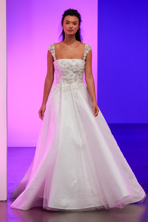 gorgeous-bridal-runaway-show-gracy-accad_12