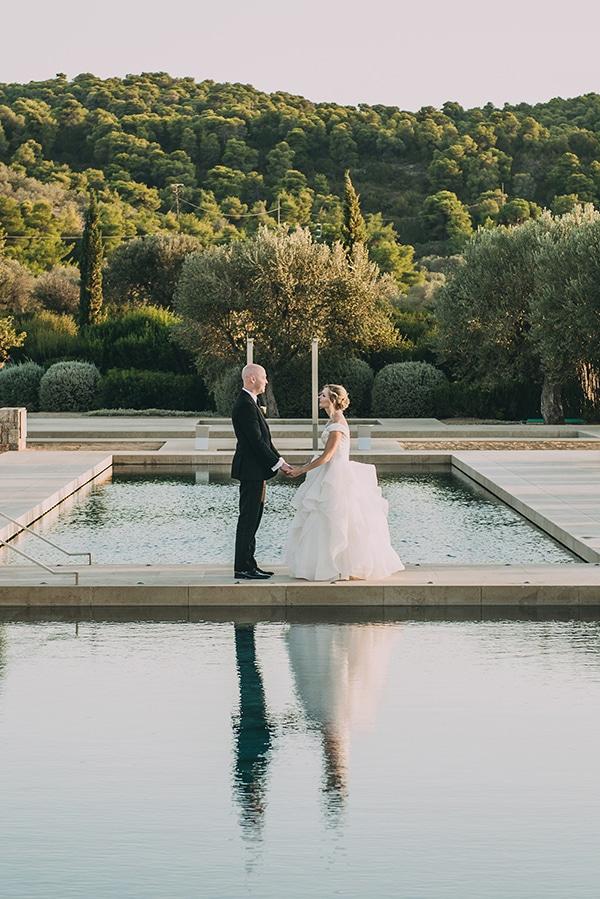island-chic-wedding-black-white-hues_02x
