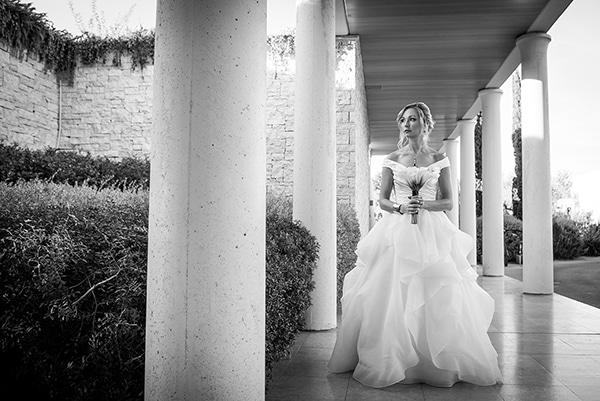 island-chic-wedding-black-white-hues_09
