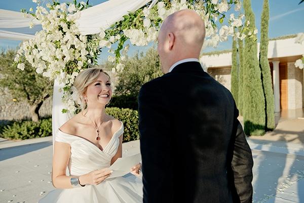 island-chic-wedding-black-white-hues_15