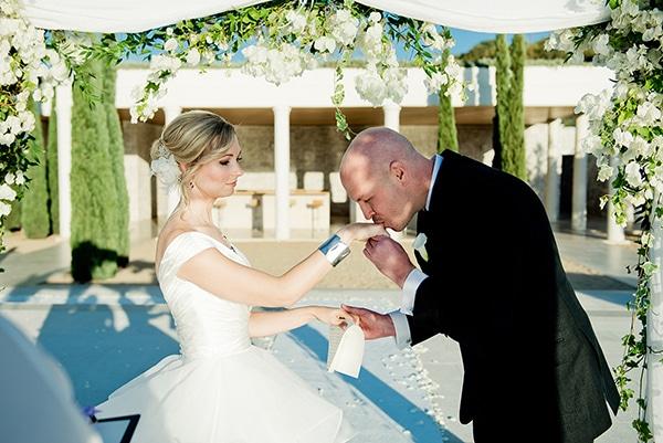 island-chic-wedding-black-white-hues_16