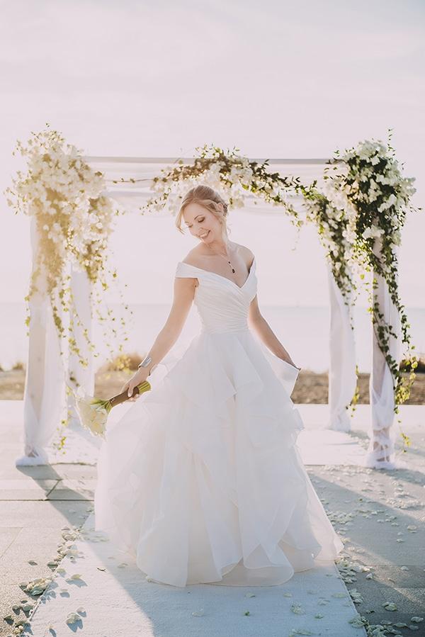 island-chic-wedding-black-white-hues_19