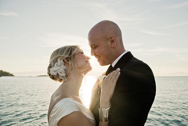 island-chic-wedding-black-white-hues_24