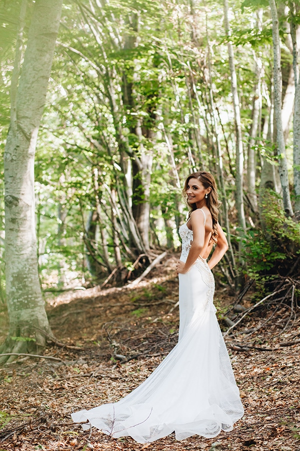 minimal-chic-mountain-wedding-portaria_04