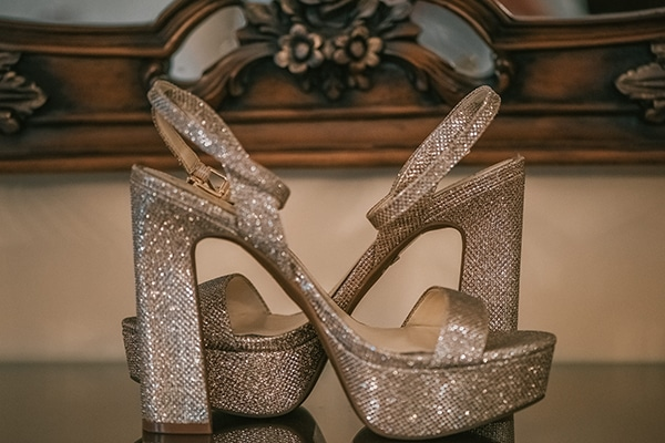 romantic-white-gold-hues-wedding_04