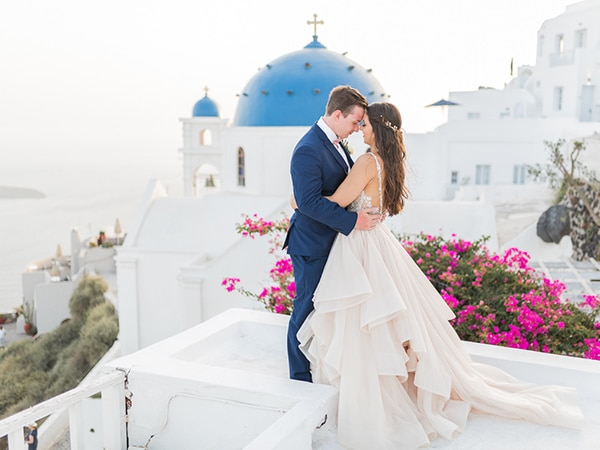Gorgeous intimate wedding in Santorini | Macey & Stephen