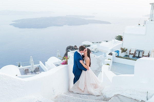 gorgeous-intimate-wedding-santorini_04