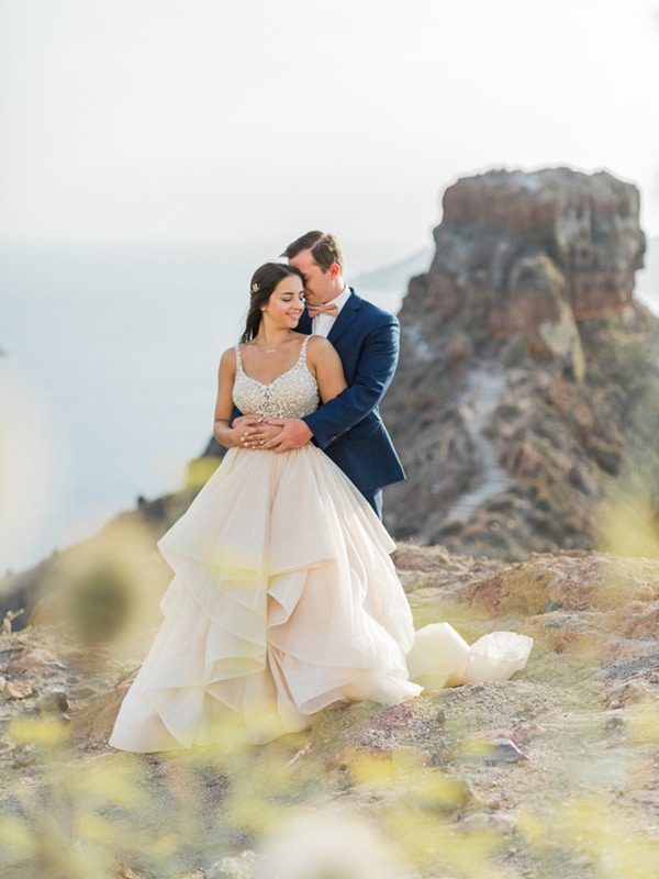 gorgeous-intimate-wedding-santorini_21x