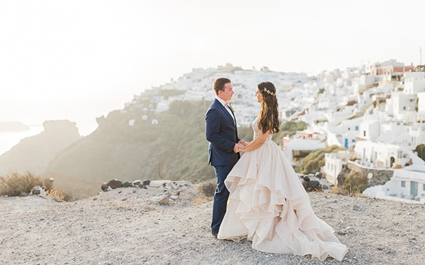 gorgeous-intimate-wedding-santorini_22
