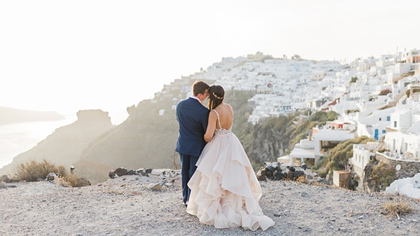 gorgeous-intimate-wedding-santorini_24