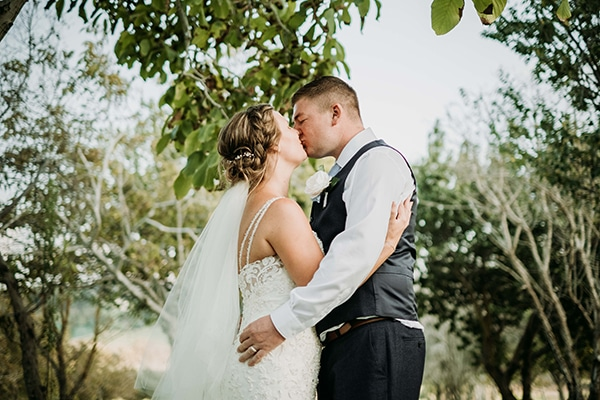 romantic-lovely-wedding-cyprus_02