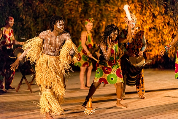 Vivid African dance and drumming show | Unique entertainment