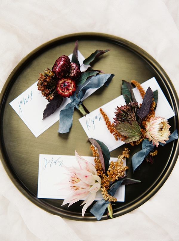 colourful-autumn-wedding-rustic-details_03x