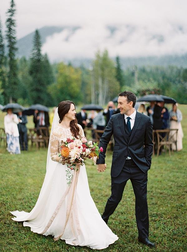 colourful-autumn-wedding-rustic-details_18