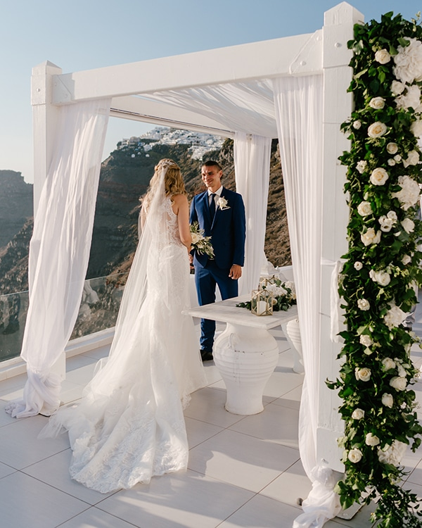 romantic-dreamy-wedding-santorini_19