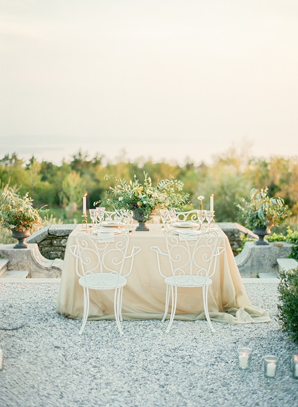 romantic-intimate-styled-shoot-italy_14