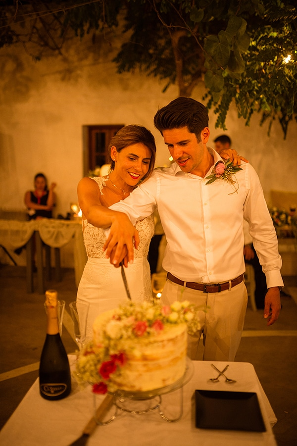 romantic-wedding-beautiful-folegandros_28