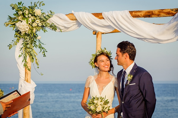 beautiful-beach-wedding-santorini_12
