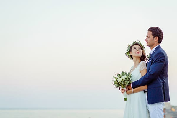 beautiful-beach-wedding-santorini_18