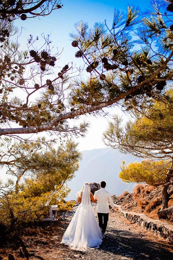 impressive-summer-wedding-santorini_51
