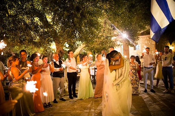 romantic-beach-wedding-crete_19
