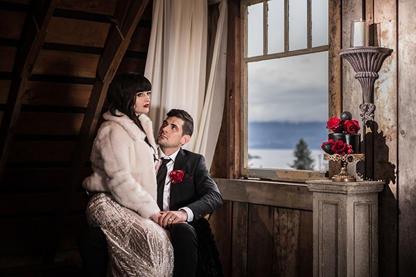 romantic-winter-barn-styled-shoot_04