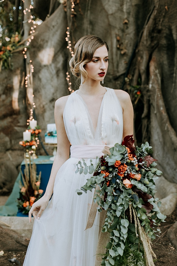 breathtaking-fairytale-styled-shoot-greece_05x