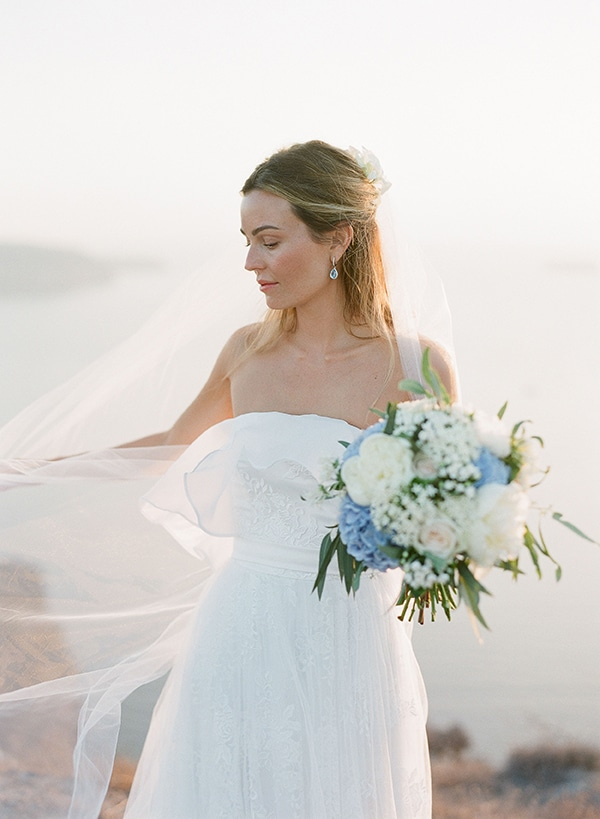 dreamy-blue-white-wedding-santorini_01