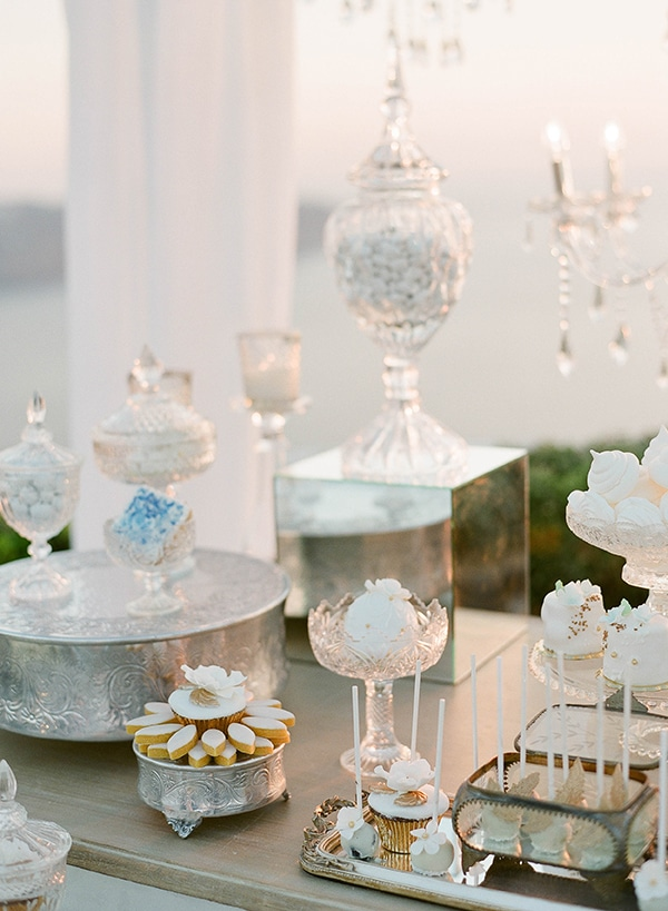 dreamy-blue-white-wedding-santorini_18