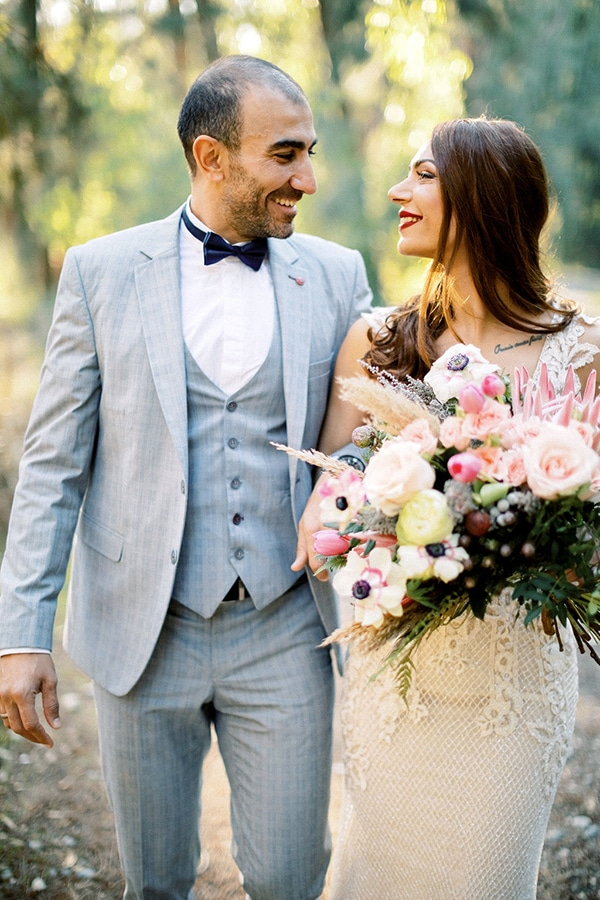 gorgeous-bohemian-wedding-vivid-colors_01