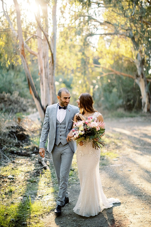 gorgeous-bohemian-wedding-vivid-colors_38