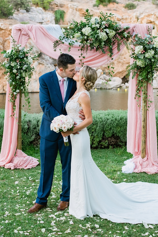 beautiful-garden-wedding-athenian-riviera_25