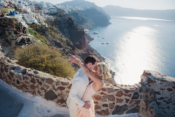 beautiful-romantic-shoot-santorini_11
