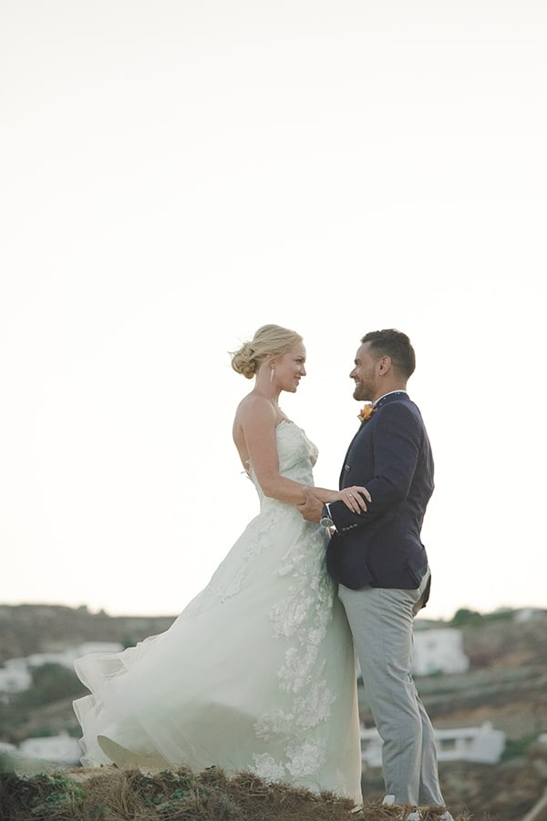 beautiful-wedding-colorful-details-mykonos_31