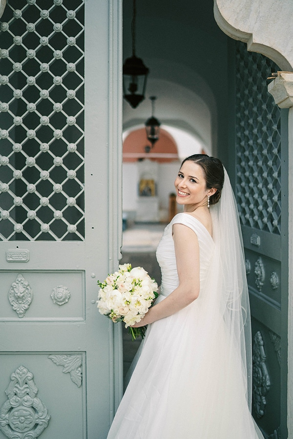 gorgeous-elegant-wedding-spetses_02