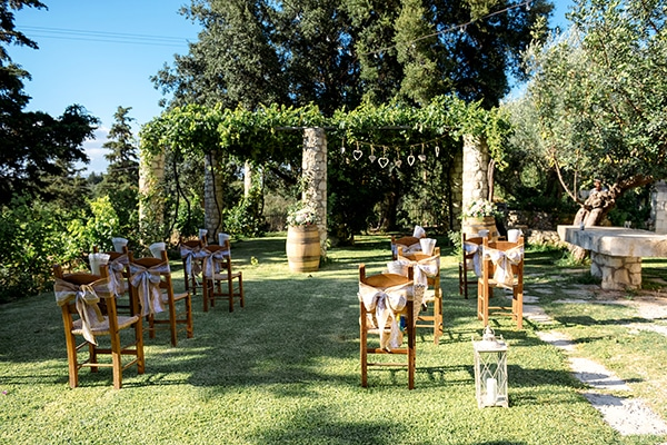 lovely-rustic-winery-wedding-crete_13